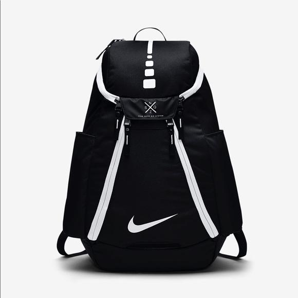 1ca98a065080 Nike Hoops Elite Max Air Team Basketball Backpack.  M 5b521fa37c979d18ffa8ef56